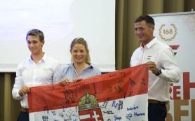 Zászlót visznek magukkal Rióba a vitorlázók