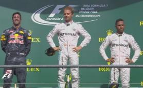 Rosberg Hamiltont dicsérte a dobogón